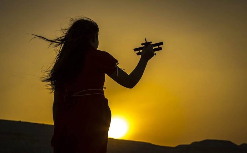 Airplane-Toy-Flying-Sunset - Unique Travel Gifts