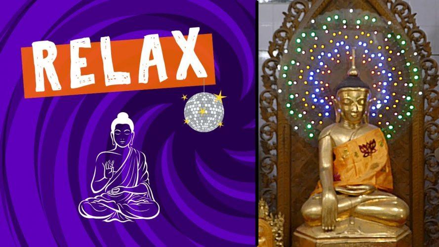 De-Stress with this Electric Buddha Statue from Chauk Htat Kyi Pagoda in Yangon, Myanmar #shorts